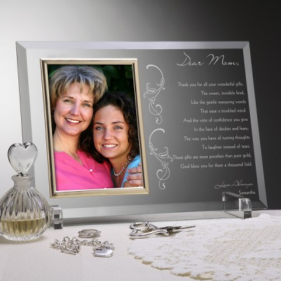Personalized Mother's Day gifts for Mom - Let Mom know how much you cherish her by adding your own heart-felt message to this beautiful frame.