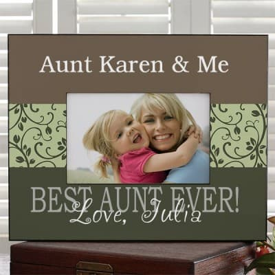 Adorable Aunt & Me picture frame is a cute gift for a child to give her favorite aunt.