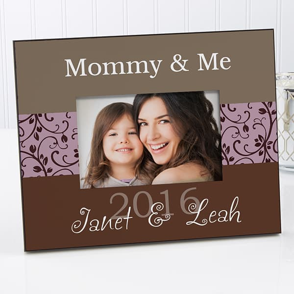 Top Mother's Day Gifts 2018 - Lovely personalized Mother's Day frame is a wonderful way to showcase a favorite picture.