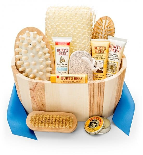 Burt's Bees Spa Gift Basket is a fabulous gift for any woman who's a bit stressed!