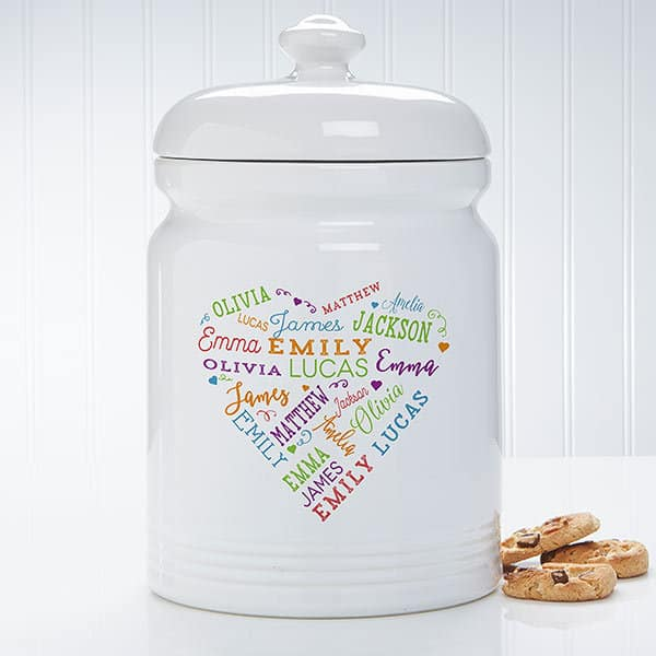 Personalized cookie jar is a brilliant Mother's Day gift for the Mom who loves to bake - or always has special treats on hand!   Ceramic jar features up to 21 names repeated in a heart fashion...a lovely addition to her kitchen!  #mothersdaygift #mothersday #Momgifts